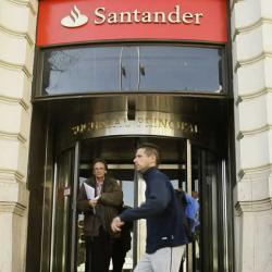 Santander ultima con los sindicatos el cierre de sus - Horario oficinas bbva madrid ...