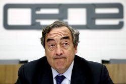 CEOE pide despido gratis para el primer año de todos los contratos fijos