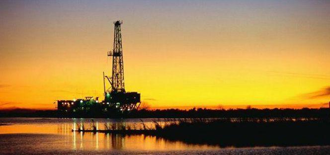 ¿Ha tocado suelo el petróleo? Razones a favor y en contra