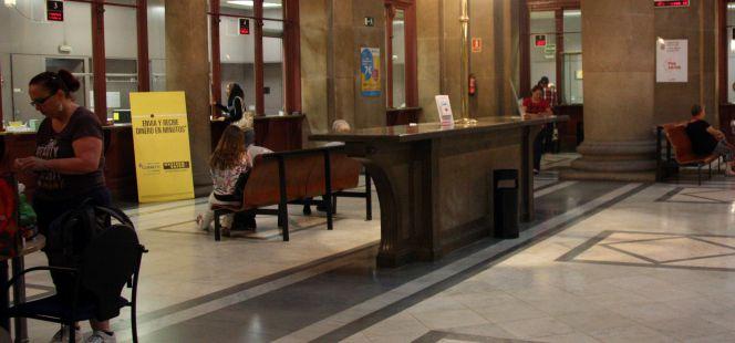 El plazo para pedir el voto por correo termina ma ana for Oficina de correo barcelona