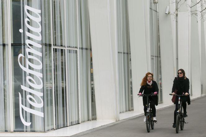 Telefónica propone negociar un convenio colectivo único en España