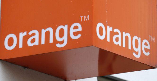 Orange completa la compra del 100% de Jazztel