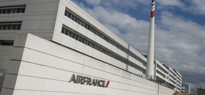 Air france prev suprimir puestos de empleo en 2016 for Oficinas de klm