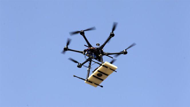 Utilizan drones para meter droga y teléfonos en la cárcel