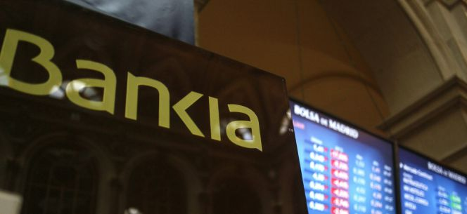 El nuevo gobierno tiene sobre la mesa el futuro de bankia for Bmn clausula suelo 2016