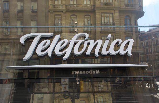 Telefónica acelerará la OPV de O2 y emitirá híbridos para reducir deuda