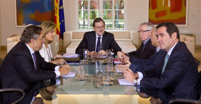 Las seis claves de la reunión de Rajoy con patronal y sindicatos