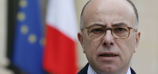 El ministro de interior bernard cazeneuve nuevo primer for El ministro de interior