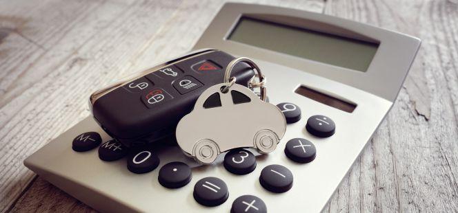La factura del coche se suma a la del gas y el teléfono