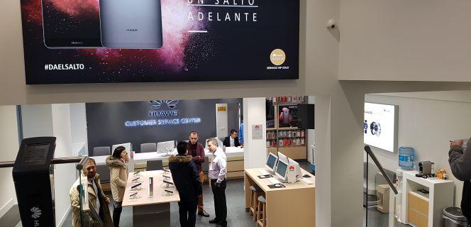 Huawei abre en Madrid su segundo centro de atención al cliente de Europa