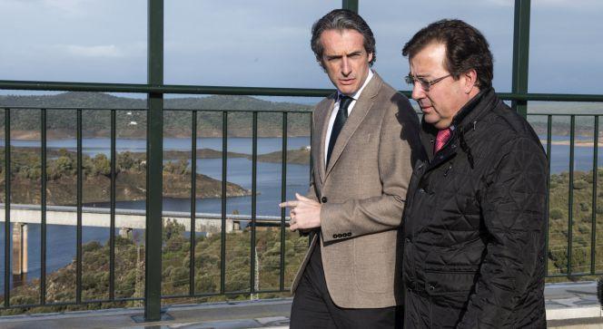 Los fondos presionan a Fomento para la privatización total de Aena