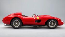 Lo que convierte a un coche antiguo en uno de época