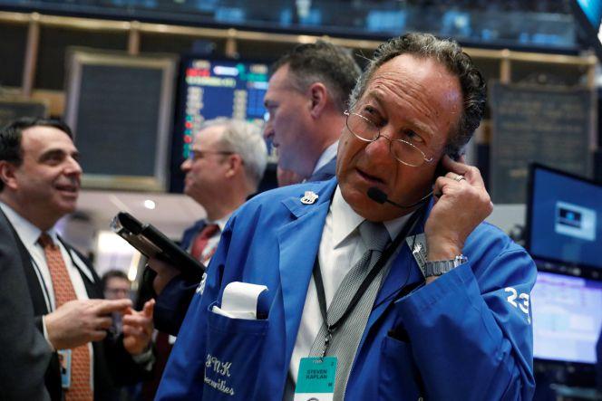 El Ibex retrocede un 0,3% tras marcar máximos de 15 meses