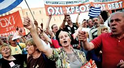 Manifestación en Atenas en apoyo del Gobierno y por el