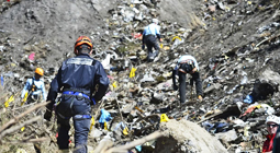 Labores de rescate tras el accidente aéreo de Germanwings en los Alpes